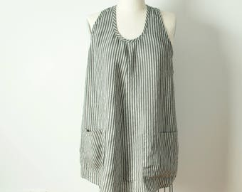 xl short a-line gray and white striped linen dress tunic with gray striped pockets racer back and shirt tail hem