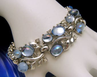 Crown Trifari Jewels of Fantasy Bracelet Silver Tone Blue Mirrored Cabochons Rhinestones