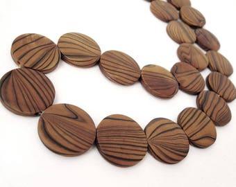 10 perles de bois brun teint naturel en rondelle de 25mm