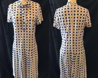 35% Off Sale Mod retro white blue knit dress women's small medium 1960 1970
