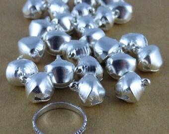 Set of 25 bells / bells silver, 14 mm x 11.5 mm x 10 mm, hole 2 mm