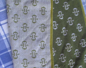 Hand Towel - Vintage - Towel - green and white