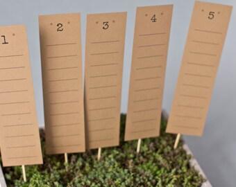 Tischplan Aus Braunem FSC Recyclingpapier, Kraftpapier Als Sitzplan Für  Hochzeitsgäste, Platzkarten, Design: