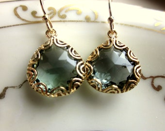 Gold Charcoal Gray Earrings Pear Shape Gold Filigree Design - Bridesmaid Earrings - Wedding Earrings - Valentines Day Gift