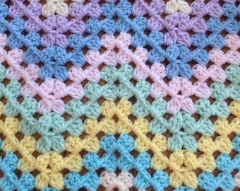 New crocheted granny ripple afghan