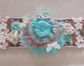"""Bracelet manchette tissu """"Puffy Flower"""""""