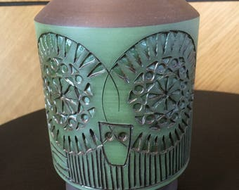 Scandinavian/table lamp/alingsås/alingsas pottery/owl lamp/midcentury modern/greenery