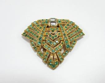 Egyptian Revival Fur Clip - green rhinestones, gold tone base - 1930s-40s