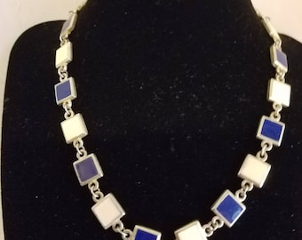 Two colors silver tone necklace