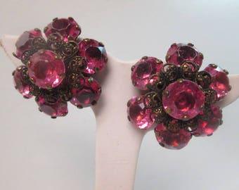 """Vintage Flower Rhinestone Stud Earrings Gold Tone 1.25"""" in Diameter"""