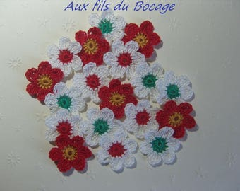Set of 18, 3 cm white and Red crochet flowers.