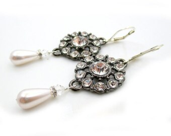 Crystal Chandelier Earrings, Gift for Women, Rhinestone Earrings, Long Crystal Earring, Bridal Jewelry Gift for Her, Silver Pearl Earrings,