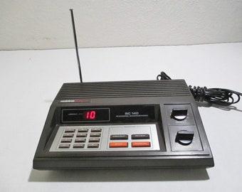 Vintage Uniden Bearcat Scanner Radio BC-140 10 Channel Programmable Police Fire