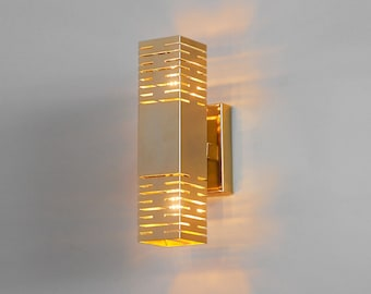 Lighting. Wall sconce. Gold lamp. Brass wall sconce. Living room lighting.