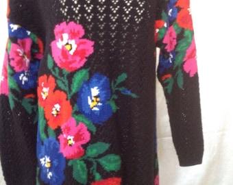 Vintage 1990's Adrienne Vittadini Sweater