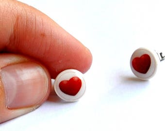 Tiny Stud heart earrings vintage red romantic pop