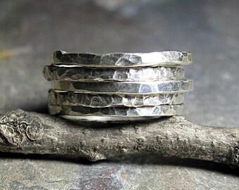 Stapeln Ringe Sterlingsilber gehämmert strukturierte dünn rustikal - Bio Skinnies Satz von fünf