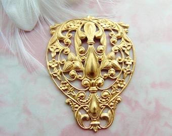 BRASS * Large Crest ~ Fleur De Lis Filigree Stampings ~ Jewelry Findings (FC-9)