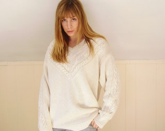 90s Vintage Chunky Knit Ivory White V Neck Fisherman's Pullover Sweater - MEDIUM M L