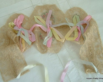 Pretty Vintage Flapper Band Charming Old Lace and Ribbons Lovely for a Collection