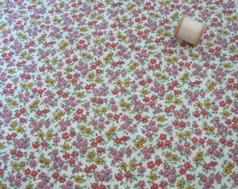 vintage 1940's, ditsy, floral, length of dressmaking fabric