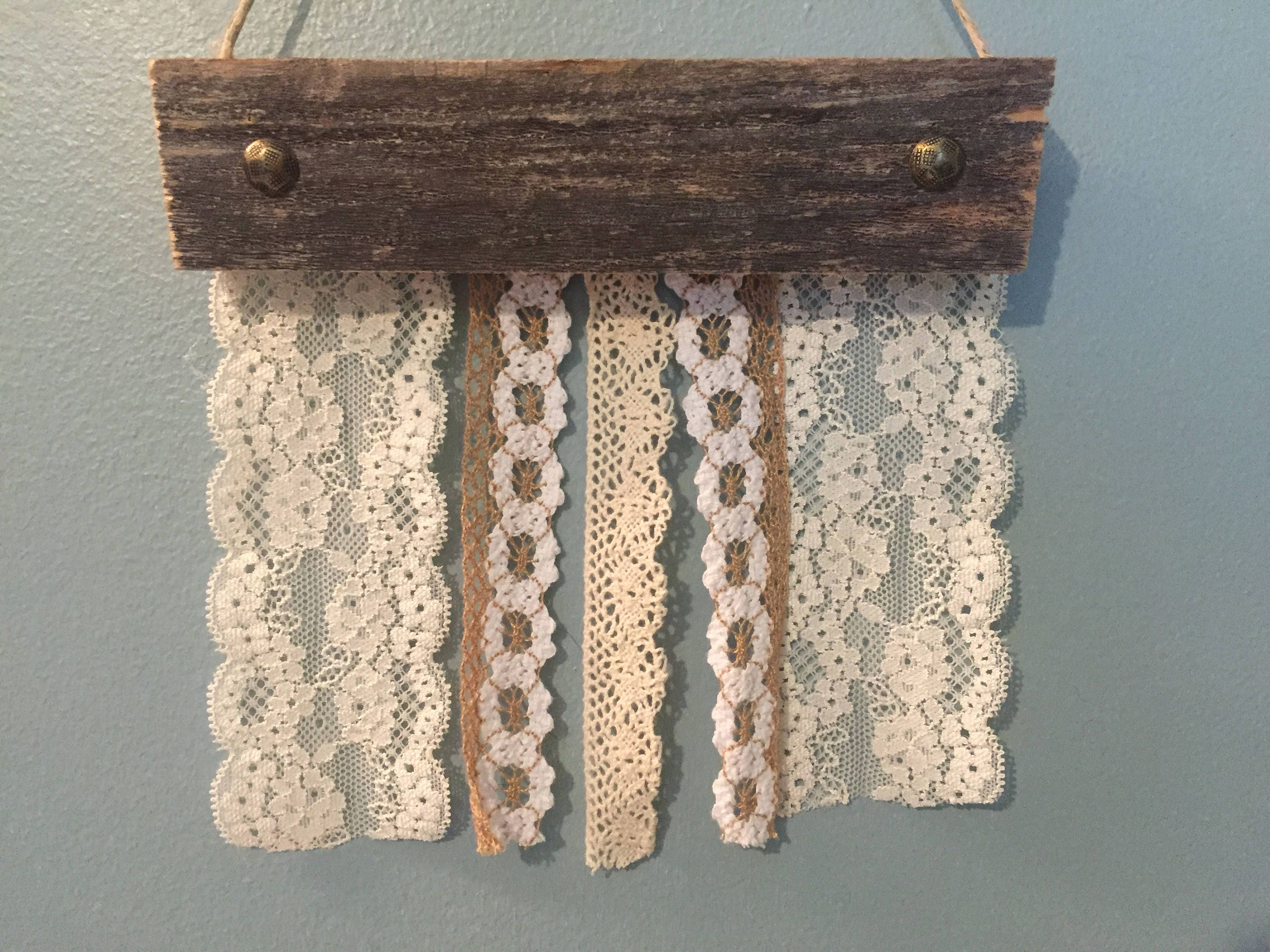 Rustic Lace Earring Holder Jewelry Organizer