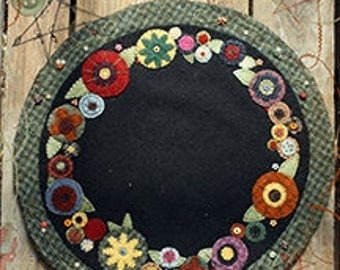 "Pocketful of Posies Wool Table Mat Pattern - from The Little Red Hen - 12"" round floral penny rug"