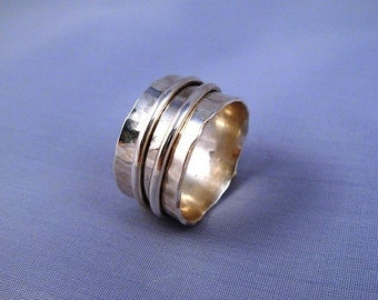 Duo - Spinning Silver Hammered Ring - ElenadE