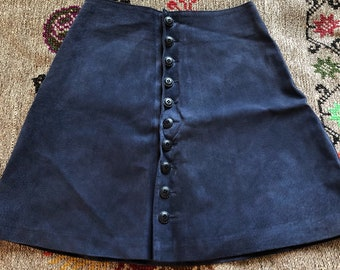 1990s navy suede leather mini skirt a line buttoned front / small