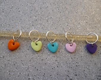 5 stitch markers rings hearts in polymer clay, handmade