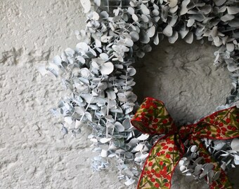 Frosted Baby Eucalyptus Wreath | Christmas Wreath | Holiday Wreath | White Wreaths for Christmas | Varnished Wreaths for the Holidays |