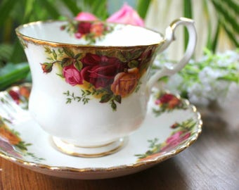 Royal Albert Old Country Roses Breakfast Cup and Saucer