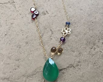 Bright Green Pendant Gold Necklace Colorful Gold Jewelry Garnet Necklace Green Gemstone Amethyst Flower Necklace Wire Wrapped Jewelry