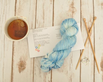 "Hand-dyed yarn, ""Frozen Smurf"" Variegated, soft and squishy yarn. Great for socks or shawls. 80/20 Superwash wool/Nylon"