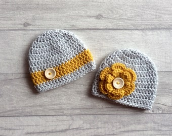 Twin Boy Girl Beanie Hats, Crochet Baby Hats, Wool Hat, Newborn Baby, Twin Photo Prop, Baby Photography, Baby Shower Gift, MADE TO ORDER
