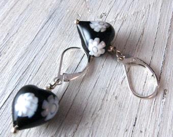 Heart Earrings Black Murano Glass / White Flowers