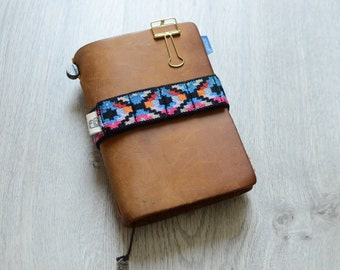LIMITED PASSPORT pen band for Travelers Notebook/Hobonichi Weeks