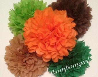 WOODLAND / 12 tissue paper pom pom / Baby Shower, Birthday, Wedding, Bridal Shower, Nursery Decor