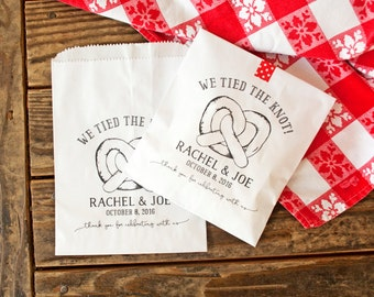 Wedding Favors - Engagement favors - Customized - Pretzel Favor Bags - Tie the knot - White Wax Lined Bags - 20 Bags per Pack