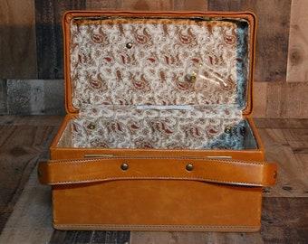 Vintage Hartmann Leather Train Case 1970's, vintage vanity case, overnight case, vintage luggage, vintage travel case, original leather