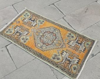 smool rug,vintage rug,oushak,bohemeans,home-living,gift