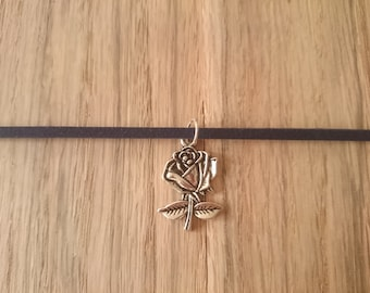 Beautiful navy choker with 5 Disney inspired interchangeable charms! - 12-15""