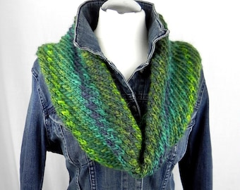 Loop * Hose Scarf * diagonal hand knitted * wool scarf