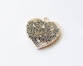Charm heart in rose gold