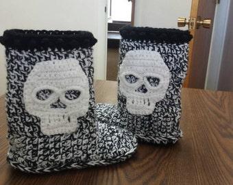 Womens Size 6 Skull Slippers Crochet