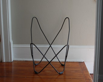 RARE Mid century iron Knoll Hardoy child size butterfly chair