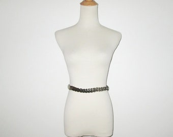 Vintage 1950s Novelty Belt / 50s Stretch Belt With Silver-Tone Metal Coin Design