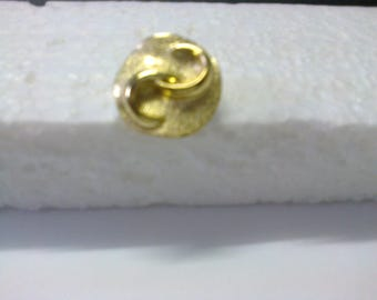 """Round gold button with shank """"S reverse embossed""""OR8""""ø 1.50 cm"""