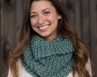 Hand Knit Infinity Scarf // Wool Scarf // Chunky Knit Scarf Cowl: Sage