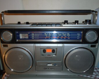 Vintage Sanyo M9940K Cassette Recorder Boombox